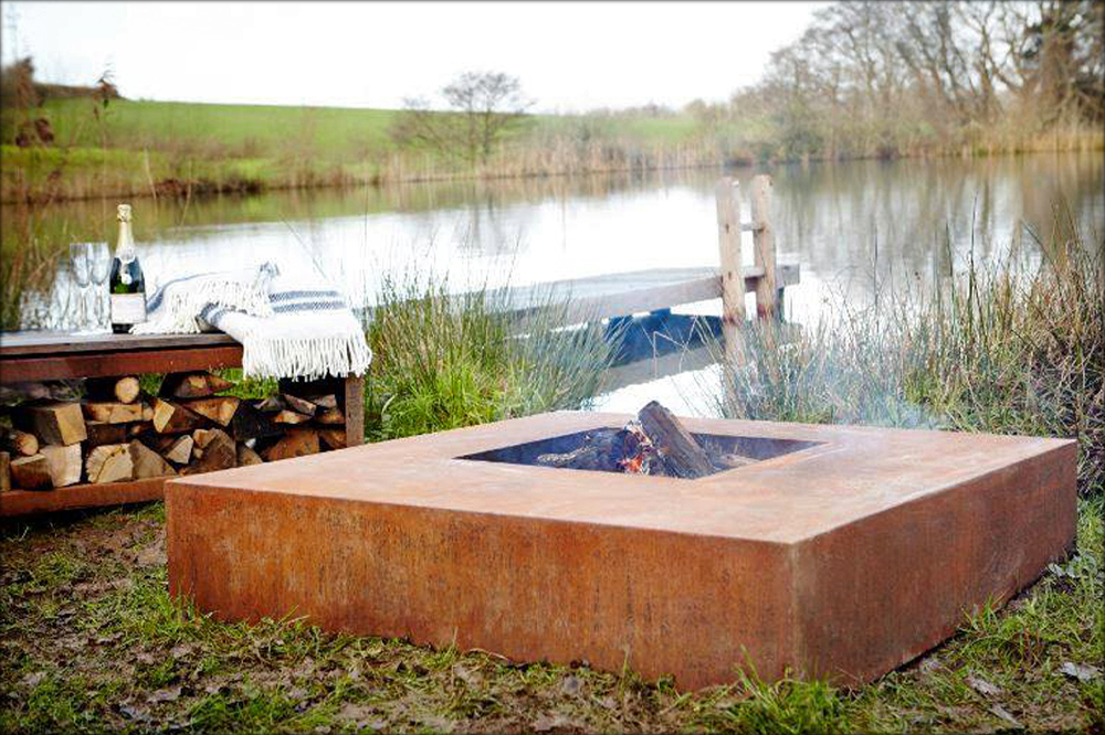 ADEZZ Corten Steel Square Fire Table Wood Burner